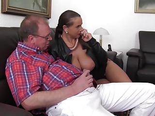 xxxOmas - Polish Sexy Susi in German threesome