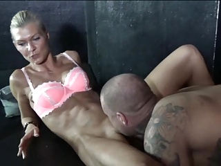 blonde mature likes cum