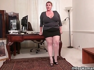 American moms with reference to pantyhose affixoffscouringsg 4