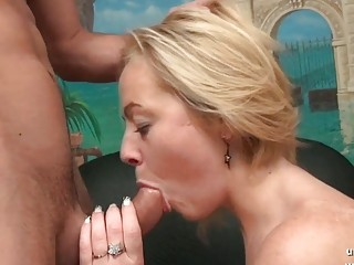 Gorgeous amateur french mom hard analyzed with ass to mouth