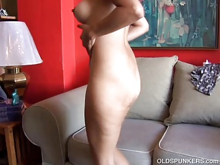 Super sexy old spunker loves to fuck her soaking wet pussy