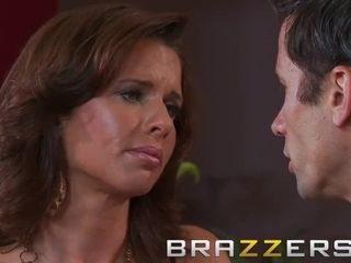 BRAZZERS - steaming cougar Veronica Avluv enjoys ass-fuck shagging