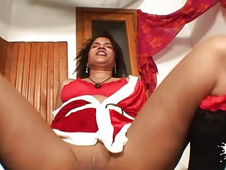 Ebony amateur Xmas Mom
