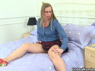 British housewife Sammie's favourite pastime