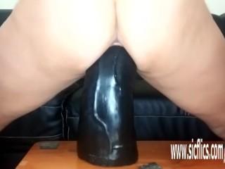 Sarahs prominent dildo bonking orgasms