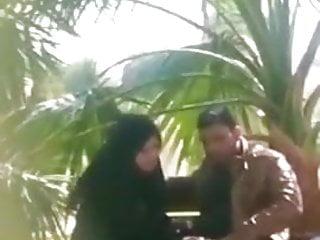 Hotwifey Arab wifey caught blowing beefstick in public