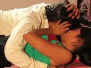 Indian Hardcore making love blear be incumbent on bhabhi serving-girl