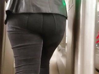Mbootyive cock-squeezing booty in dark-hued denim